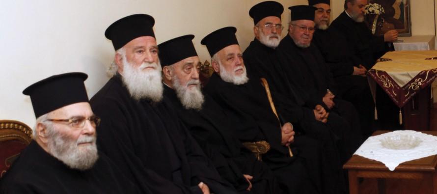Ναοί χωρίς ιερείς ελέω… μνημονίων