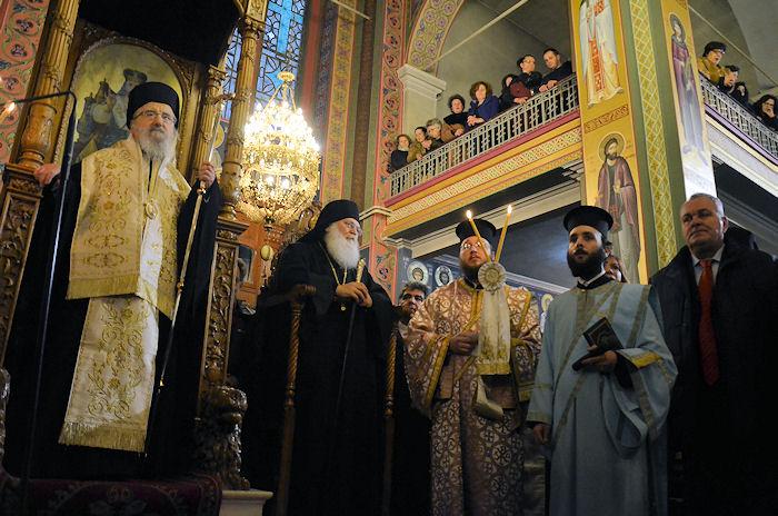 ΙΑΝΟΥΑΡΙΟΣ 2017 Το Αγρίνιο υποδέχεται το πιστό αντίγραφο της Παναγίας Παραμυθίας